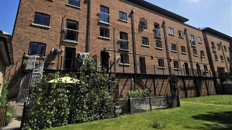 8 Saffron House Mill Road, Shrewsbury, SY2 6AY SSTC